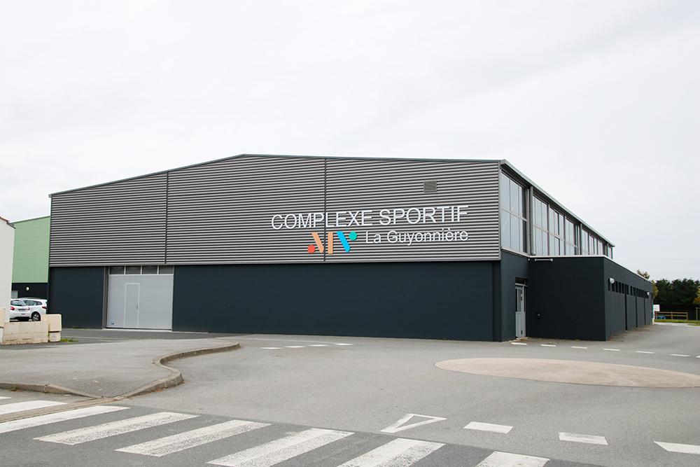 Rénovation du complexe sportif de La Guyonnière : façade