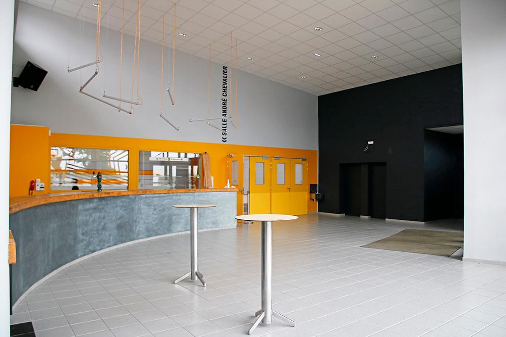 Rénovation du complexe sportif de La Guyonnière : hall