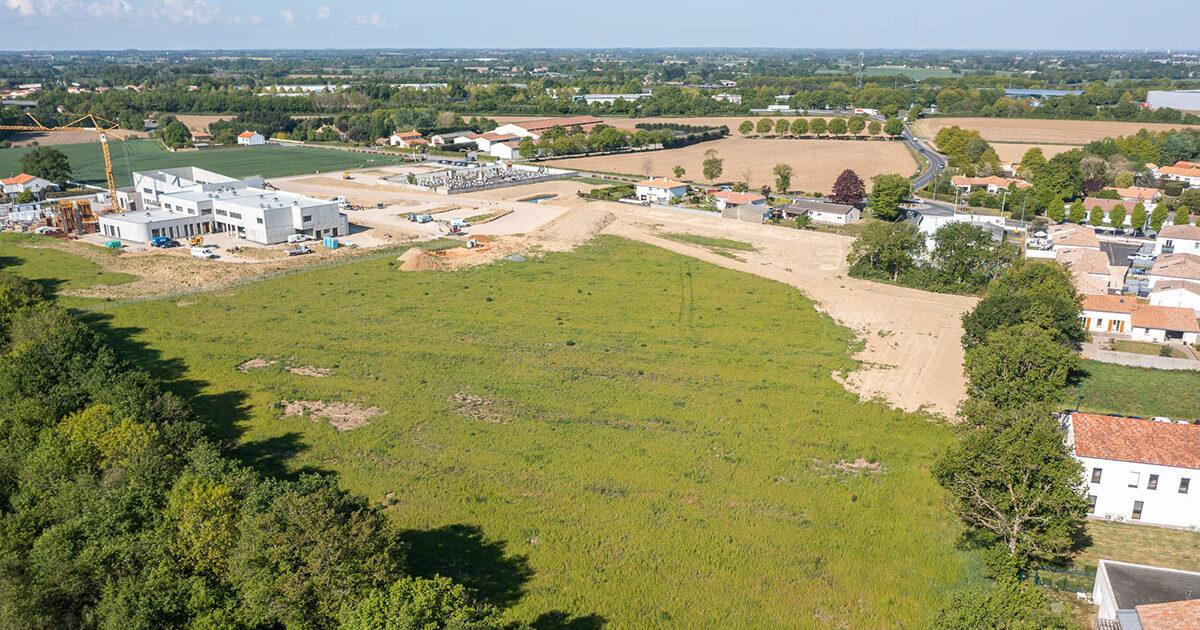 Photo : vue aérienne de l'emplacement du futur lotissement des Caillaudières, Boufféré, Montaigu-Vendée